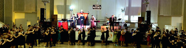 Tanzschulen mit MAYBACH